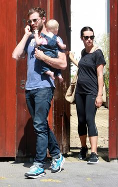 Jamie Dornan carrying a baby is sooo sexy! It makes me love him even more!