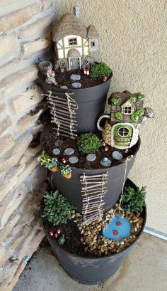 If you are looking for Diy Fairy Garden Design Ideas, You come to the right place. Here are the Diy Fairy Garden Design Ideas. Indoor Fairy Gardens, Mini Fairy Garden, Fairy Garden Houses, Gnome Garden, Miniature Fairy Gardens, Fairy Gardening, Container Fairy Garden, Container Gardening, Fairies Garden