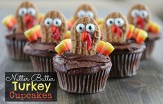 Nutter Butter Turkey Cupcakes How cute are these Nutter Butter Turkey Cupcakes?   They're another fun way to use the Wilton Candy Eyes I lov...