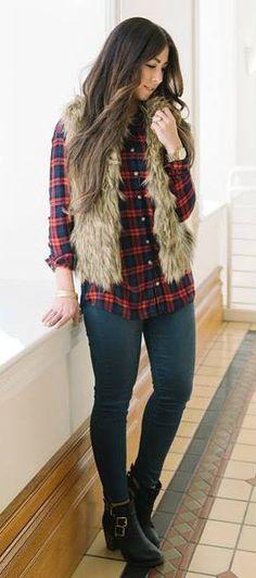 camisa xadres _ colete bege + cala jeans escura