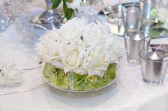Blumendeko in Grün Weiss kann sehr elegant aussehen. Schaut vorbei und entdeckt tolle Beispiele in unserer Bildergalerie. | Ideen und Inspirationen
