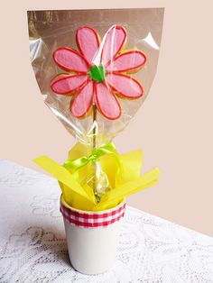 Flower Cookie Bouquet by Frostie The Cookie, via Flickr