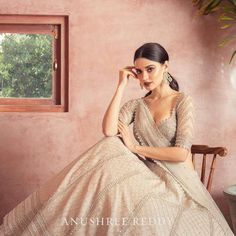 Are You Excited To See This! Are You Excited To See This!Technically, Anushree Reddy 2019 Bridal Lehengas have sort of launched in L Indian Bridal Outfits, Indian Fashion Dresses, Dress Indian Style, Indian Designer Outfits, Designer Dresses, Lehenga Designs, Saree Blouse Designs, Lehnga Dress, Saree Look