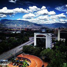 Medellín en Antioquia Colombia. www.paradiseviejes.com