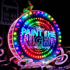 parade! #parade #paradedisney #disneyworld #disneyland #disneyland60 #disney #lovedisney #colourful #colorful #paintthenight #disneyside #night #nightout #paintthenightparade #funtimes #wow #funnight #phonephotography #goodnight by travel_kc