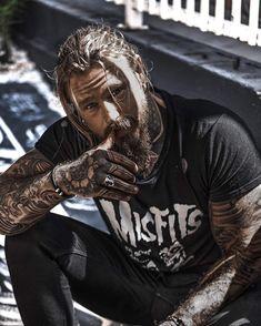 Sexy Tattooed Men, Bearded Tattooed Men, Bearded Men, Tattoed Guys, Tatted Men, Hot Guys Tattoos, Beard Tattoo, Male Tattoo, Ginger Beard