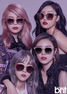 Moonbyul, solar, hwasa y wheein Kpop Girl Groups, Korean Girl Groups, Kpop Girls, Taemin, Fanart Manga, Kpop Fanart, Nct, Wheein Mamamoo, Solar Mamamoo