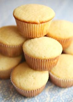 Easy, Perfect Vanilla Cupcakes - Semisweetie, a geeky baking blog