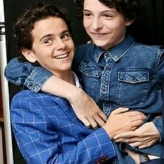 I ship it so much but my bub jacky has a girlfriend and she makes him happy i guess. Im sad again now dhdjd Jack & Finn, Jack G, It Movie 2017 Cast, I Movie, Tak Tak, Im A Loser, Le Clown, Pennywise The Dancing Clown, Babe