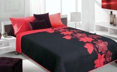 Czarna narzuta dwustronna w czerwone kwiaty