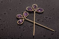wire wrap hair pins with amethyst   Smeigtukai plaukams | katesakis.lt Copper Hair, Hair Decorations, Scarf Hairstyles, Hair Pins, Bobby Pins, Wire Wrapping, Jewelry Ideas, Amethyst, Hair Tinsel