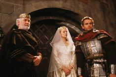 Arthur and Guinevere - The Mists of Avalon Photo (32190659) - Fanpop ...2001