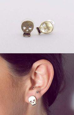 Skull heart earrings. I love the second piercing never seen that before!
