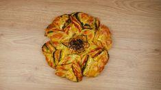 Αφράτη ζύμη γιαουρτιού με τρεις γεύσεις σε σχήμα αστεριού (Star Bread)