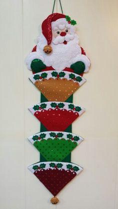 Holly Jolly Santa Card Holder for Kenneth & Garrett Felt Christmas Ornaments, Christmas Fabric, Christmas Stockings, Christmas Decorations, Christmas Tree, Holiday Decor, Christmas Projects, Fabric Decor, Projects To Try