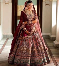 Party Wear Indian Dresses, Indian Fashion Dresses, Indian Designer Outfits, Bridal Dresses, Indian Bridal Photos, Indian Bridal Outfits, Indian Bridal Wear, Wedding Lehenga Designs, Wedding Lehanga