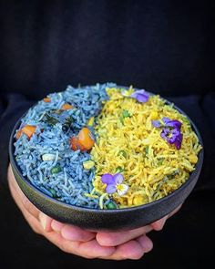 #Repost @singh.monisha using @matcha.blue to color rice naturally blue. Yellow using tumeric powder from @bluechaitea  Goodmorning From Nz beautiful people  If you are bored with your Simple Plain white rice on your plate then try these with Indian flavours with some amazingly delicious colors as you can see  I have always believed as a cook the more colors you have on your plate the healthier it is . For me its Very simple Because I eat with my eyes first  You can make feast on your plate…