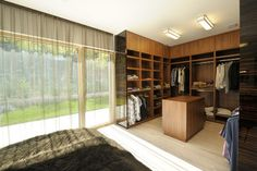 Neer to the forest contemporary bedroom