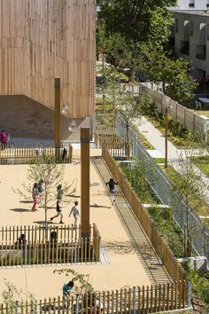 """Une école dans un jardin """"Energie Positive"""" - Montreuil / 2014"""