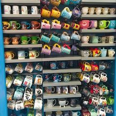 Disney Coffee Mugs, Cute Coffee Mugs, Cool Mugs, Couple Wallpaper Relationships, Disneyland, Disney World Outfits, Mug Display, Disney Cups, Disney Mickey Ears