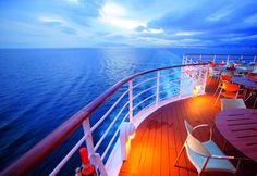 Enjoy the great comforts of luxury cruises in New Zealand by Lets Cruise with value for money guaranteed. It offers a range of renowned cruise brands. Get Lets Cruise luxury special deals. Cruise Europe, Cruise Travel, Best Cruise, Cruise Tips, Best Family Cruises, Cruise Reviews, Cruise Critic, Vacation Days, Wayfarer