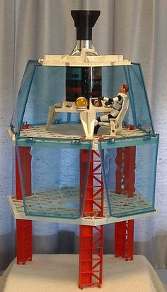 Major Matt Mason & His Space Station the blue panels cracked vey easily. Vintage Toys 1960s, 1960s Toys, Retro Toys, Vintage Dolls, Gi Joe, Childhood Toys, Childhood Memories, Old School Toys, Space Toys