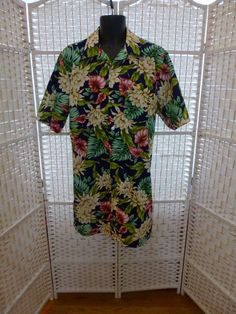 Nightshirt.  Oversized Man's Hawaiian by TechnicolorDreamwear