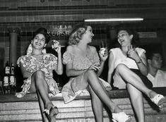 The Havana high life, before Castro and the Revolution 1950 Three women perched on the bar at the Cabaret Kursal nightclub in Havana. The Havana high life, before Castro and the Revolution Vintage Cuba, Vintage Photos, Vintage Posters, Vintage Photographs, Vintage Travel, Mafia, Mad Men, Cuba History, Havana Nights