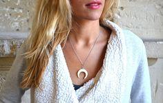 Collier sautoir  Croissant de Lune de la boutique JeanneSummer sur Etsy