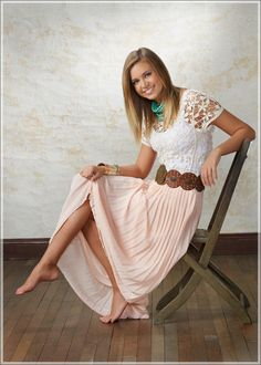 I like the outfit #lace #white #light #summery #pretty #brown #pink #cute