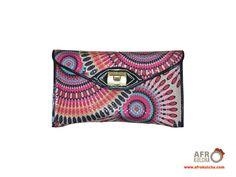 Style! African, Chic, Bags, Style, Fashion, Shabby Chic, Handbags, Moda, Fashion Styles