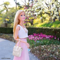 Taking in all of nature's beauty at @brooklynbotanic! #barbie #barbiestyle