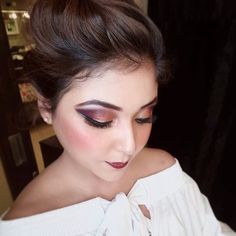 Fashion Makeup Look��  DM for inquiries and booking��✅ Love to be a part of @chandnisinghmakeupacademy ❤️ #day16 ��  Product Used: Eyeshadow Base : #toofaced shadow insurance , Eyeshadow : #morphepalette #sephoraindia eyeshadow , Glitter : #nyxglitterliner #urbandecay heavy metal in shade 'midnight cowboy' , Eyeliner : #maybellinegelliner , Brows : #sleekcosmetics , Face Oil : #indulgeoessentials @indulgeo.essentials Rose Gold Oil , Primer : @lagirlcosmetics , Concealer : #maccosmetics…