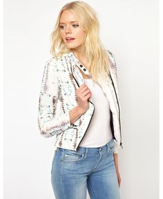 Spring saviours: Trans-seasonal jackets to get you through any weather - dropdeadgorgeousdaily.com
