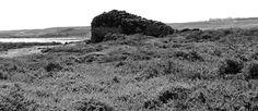 Desde las Islas Canarias  ..Fotografias  : Black and White ...Nido de Ametralladoras ...Costa...