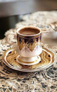 Adevarata reteta de Irish Coffee: ingrediente si mod de preparare traditional