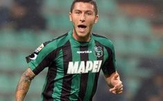 Juve cede al Carpi, Marrone in prestito La Juventus ha ufficializzato il passaggio in prestito al Carpi del centrocampista classe 1990 Luca Marrone. Altra esperienza al di fuori di Vinovo (dopo quella al Sassuolo) per il centrocampista cl #marrone #carpi