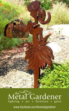 Funky fun metal sculptural mailbox by Jon WATTO Watson of The Metal Gardener & WATTO Distinctive Metal Wear THIS would SO be the cutest mailbox for a single girl. Unique Mailboxes, Custom Mailboxes, Fountain Hills Arizona, Mailbox Garden, Unique Gardens, Over The Moon, Art Furniture, Metal Wall Art, Garden Art