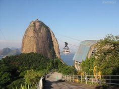 La Montaña Pan de Azúcar, Río de Janeiro - http://riodejaneirobrasil.net/la-montana-pan-de-azucar-rio-de-janeiro/ #RioDeJaneiro #Brasil #Turismo
