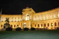 Fotografía: Gabriela Cuevas Amsterdam, Tours, Building, Travel, Vienna, Prague, Berlin Germany, Versailles, Caves