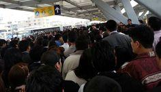 #EstaciónNaranjal del #Metropolitano fue un caos por protesta escolar [FOTOS]