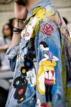 disney characters painted on denim jacket Diy Denim, Denim Shirt, Diy Clothing, Custom Clothes, Denim Kunst, Fashion Details, Fashion Design, Fashion Trends, Mode Hip Hop