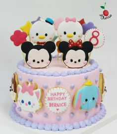 Tips and strategies from an avid Disney Tsum tsum fan (of the game, as well as the matching plush dolls!) as well as any other Tsumtsum related stuff! Tsum Tsum Birthday Cake, Tsum Tsum Party, Fondant Cakes, Cupcake Cakes, Sweet 16 Birthday Cake, 16th Birthday, Tsumtsum, Cake Shapes, Disney Birthday