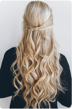 Knotted Half-Up - Easy Back to School Hairstyles to Let You Sleep In Later - Photos