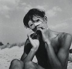 Risultati immagini per herbert list Herbert List, Jean Arp, Henri Cartier Bresson, Beautiful Moments, Beautiful Boys, New Objectivity, Queer Art, Art Of Man, Pose For The Camera