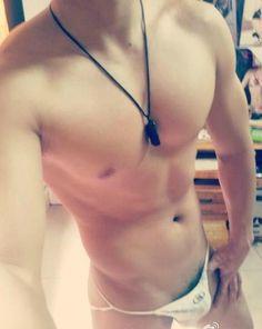 hot sexy gay man male muscles big bulge