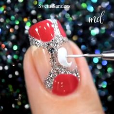 A manicure idea for any occasion! 😍 Best Picture For Manicure ruso For Your Taste You are looking for something, and it is going to tell you exactly what you are looking for, and you didn't find that Nail Art Hacks, Nail Art Diy, Cool Nail Art, Diy Nails, Nail Art Designs Videos, Nail Art Videos, Diy Nail Designs, Lace Nail Art, Lace Nails