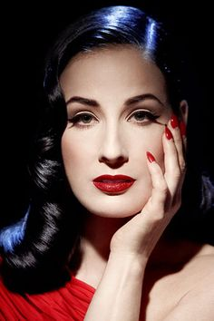 Dita Von Teese and the lighting is gorgeous
