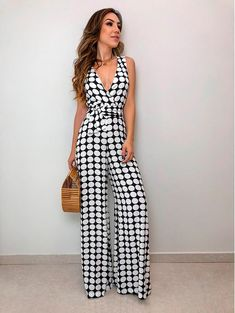 Casual Outfits, Fashion Outfits, Womens Fashion, Pantalon Large, Jumpsuit Pattern, Girls Dresses, Summer Dresses, Pinterest Fashion, Blouse Dress