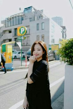 Wallpaper all member blackpink # Acak # amreading # books # wattpad Kpop Girl Groups, Korean Girl Groups, Kpop Girls, Kim Jennie, Yg Entertainment, Rapper, Ordinary Girls, Blackpink Photos, How To Pose